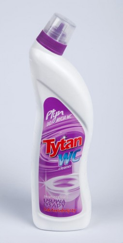 PŁYN DO WC TYTAN 0,7L